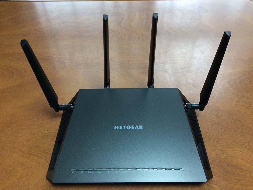NETGEAR R7800です