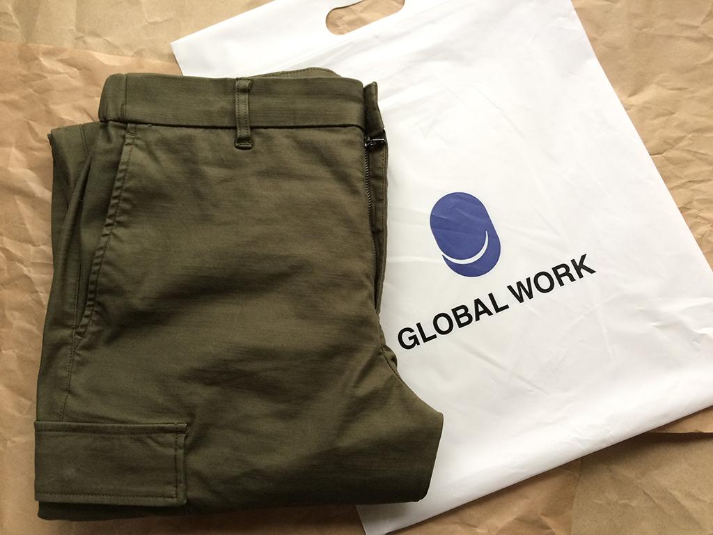 GLOBAL WORK バルドマンストレッチカーゴパンツとパッケージです